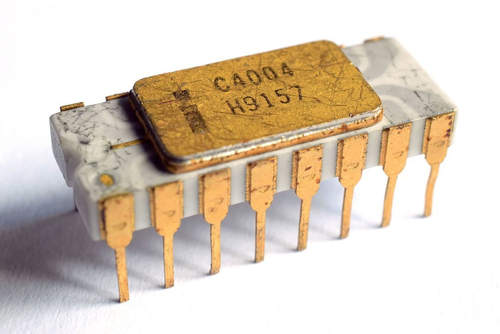 first microprocessor by Intel